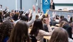 ournée « Filles et Maths » à L'Ecole polytechnique avec une centaine de lycéennes de l'Essonne. J. Barande/École polytechnique, CC BY