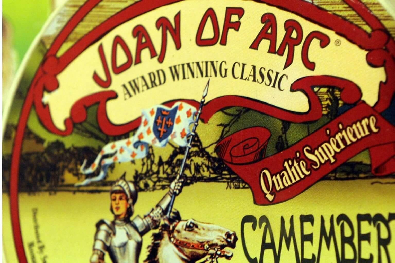 Jeanne sur les boites de camembert (collection personnelle de Roland Nex)