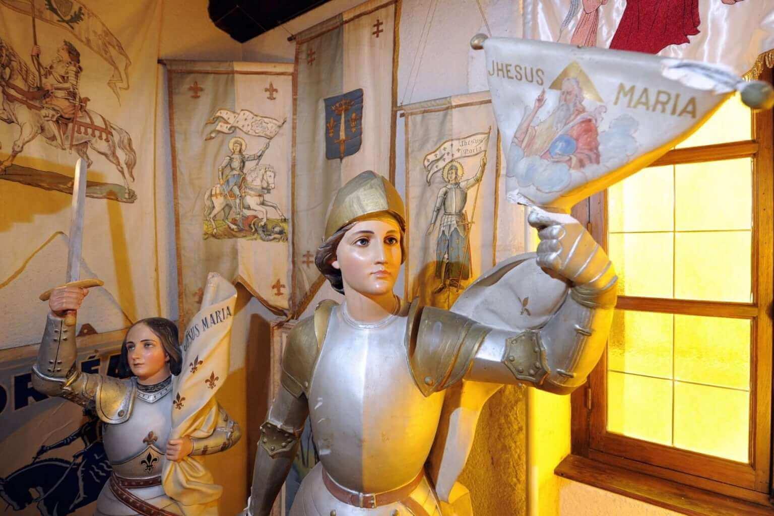 Jeanne d'Arc et les fake news (6/6)   « J'ai découvert le crâne de Jeanne d'Arc »