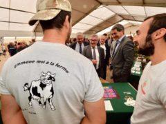 Foire de Sedan, signature d'un contrat entre les éleveurs et la Région (photo JL Stadler, GE)