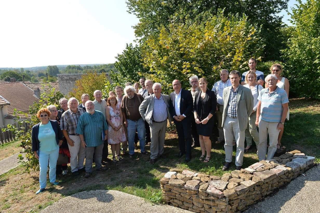 Les représentants de la profession et les élus (photo Stadler, région Grand Est)
