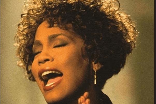 «Whitney», la reine déchue