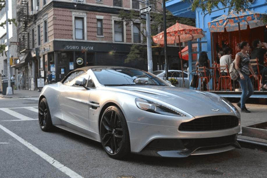 Aston Martin : l'introduction en bourse en six questions