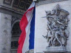 Arc de Triomphe de Paris (Photo credit: Julie70 Joyoflife on Visual Hunt / CC BY-NC-SA)