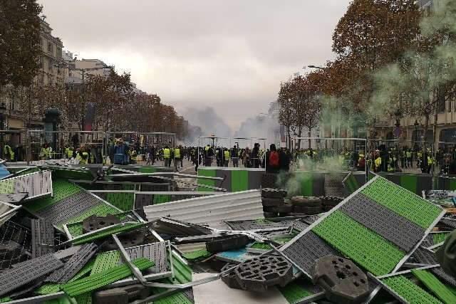 Gilets jaunes : la révolte de la France d'en bas