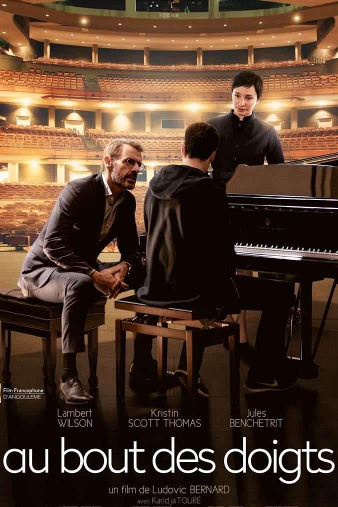 """Un directeur de Conservatoire (Lambert Wilson) prend sous son aile un pianiste amateur (Jules Benchetrit), coaché par la """"Comtesse"""" (Kristin Scott Thomas)."""