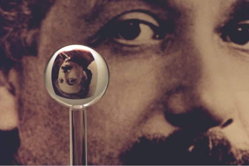 Einstein et Dieu : un scientifique peut-il être croyant ?