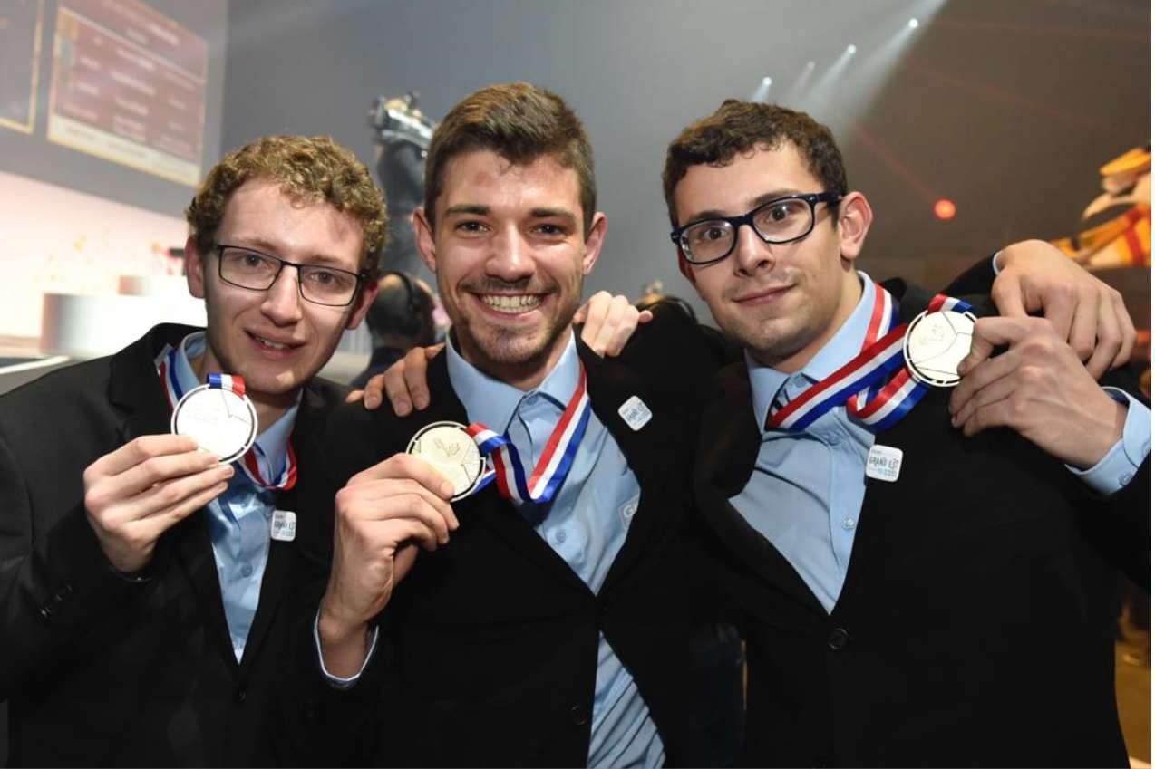 Lorry Engel, Augustin Probst et Christophe Le Hérou, médailles d'or (photo J-L. Stadler, région Grand Est)