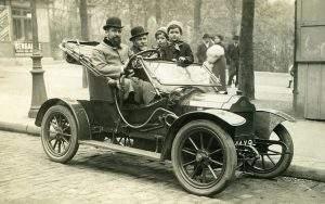 vieille-voiture-nb