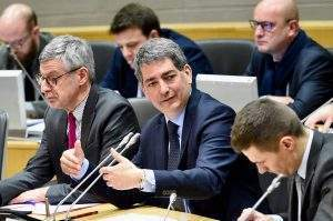 Commission permanente du 28 janvier 2019 présidée par Jean Rottner (photo Jean-Luc Stadler, GE)