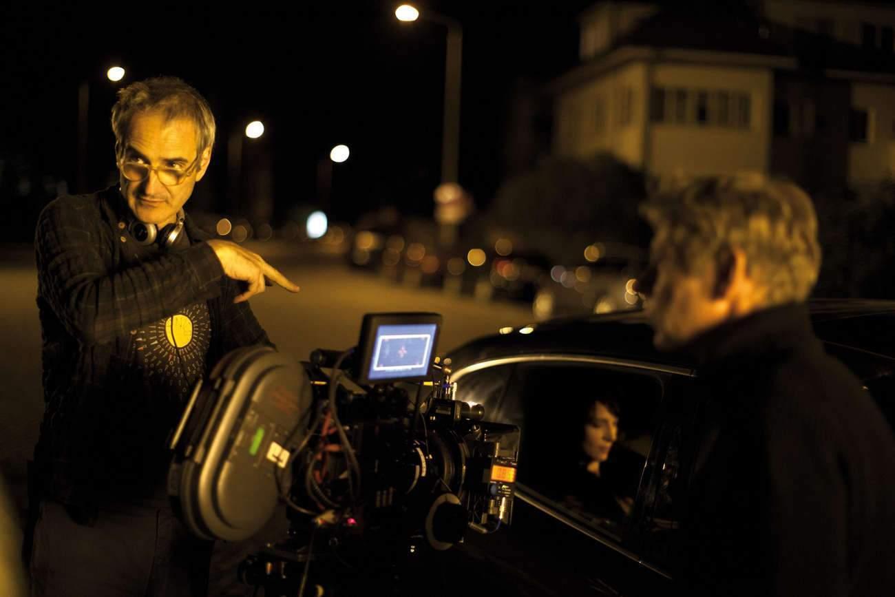 Olivier Assayas : « Le personnage qui nous représente sur les réseaux sociaux n'est jamais nous, il est une sorte de version fantasmée de nous-mêmes ».