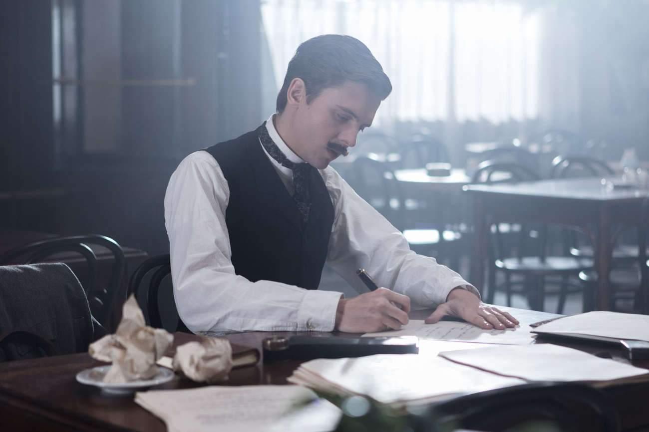 """Thomas Solivérès : """"Ce n'est pas un film sur la vie d'Edmond Rostand, c'est une fiction réaliste""""."""