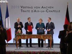 Le traité d'Aix-la-Chapelle signé entre Emmanuel Macron et Angela Merkel (capture euronews)