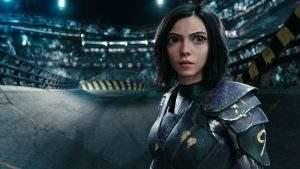 Le personnage d'Alita a les traits et le visage de l'actrice Rosa Salazar… sauf les yeux, encore plus grands.