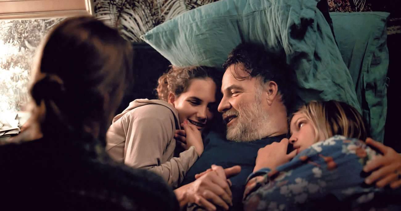 """""""C'est ça l'amour"""", film de la réalisatrice lorraine Claire Burger, avec Bouli Lanners en père dépassé, sera présenté en avant-première, un récit tendre et authentique."""