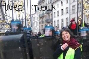 """Isabelle : """"le mouvement est loin de s'essouffler"""" (capture facebook)"""