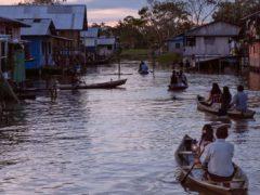 « Los silencios » est un film envoûtant, fluide, qui s'écoule à la lenteur de l'eau dans le village lacustre où il se déroule.