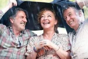 Le mari (Daniel Auteuil), la femme (Catherine Frot), et l'amant (Bernard Le Coq), le trio amoureux version retraités.