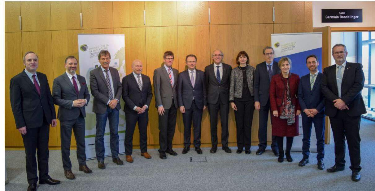 Légende : Prof. Anastas Gerdjikov, President of the Sofia St Kliment Ohrodski University; Prof. Tomasz Piertrzykowski, Vice-president of the University of Silesia in Katowice; Prof. Manfred Schmitt, President of Saarland University and Vice-president of the UniGR; Prof. Stéphanne Pallage, President of the University of Luxembourg; Prof. Michael Jäckel, President of the University of trier; Prof. Pierre Wolper, President of Liège University; Prof. Arnd Poetzsch-Heffter, Vice-president of the Technische Universität Kaiserslautern; Prof. Ineta Dabašinskien??, Vice-president of the Vytautas Magnus University; Prof. Jean Winand, Vice-president of Liège University; Prof. Maria Stoicheva, Vice-president of the Sofia St Kliment Ohrodski University; Prof. Thomas Bousonville, University of applied sciences - htw saar; Prof. Pierre Mutzenhardt, President of the Université de Lorraine and President of the UniGR. (Copyright : University of Luxembourg)