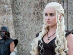 Daenerys Targaryen incarnée par Emilia Clarke (Game of Thrones, HBO, 2011-). Serieously.com, Author provided