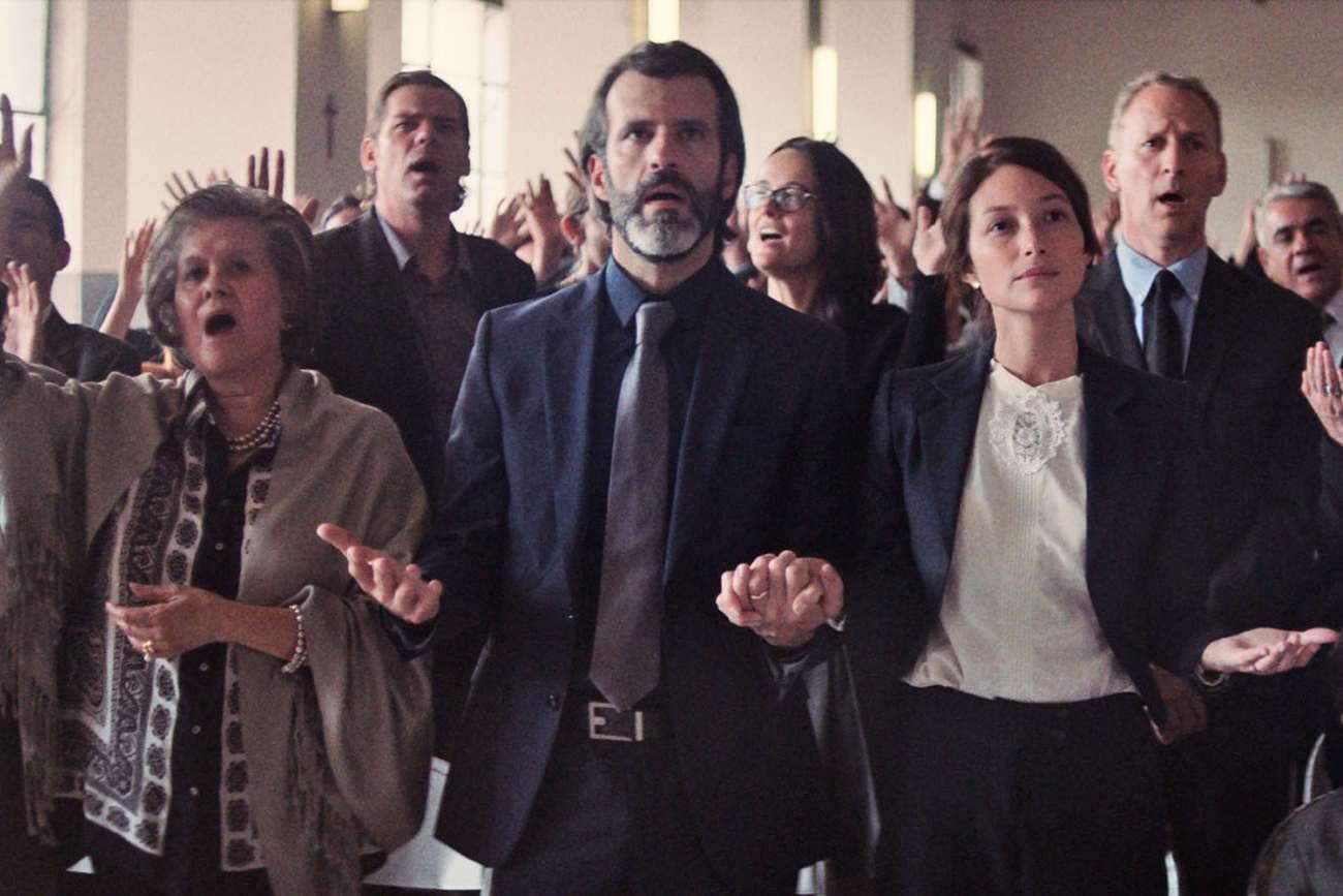 Toute sa famille va prier pour Pablo le dégénéré, mais ça ne suffira pas, il va falloir le « soigner ».