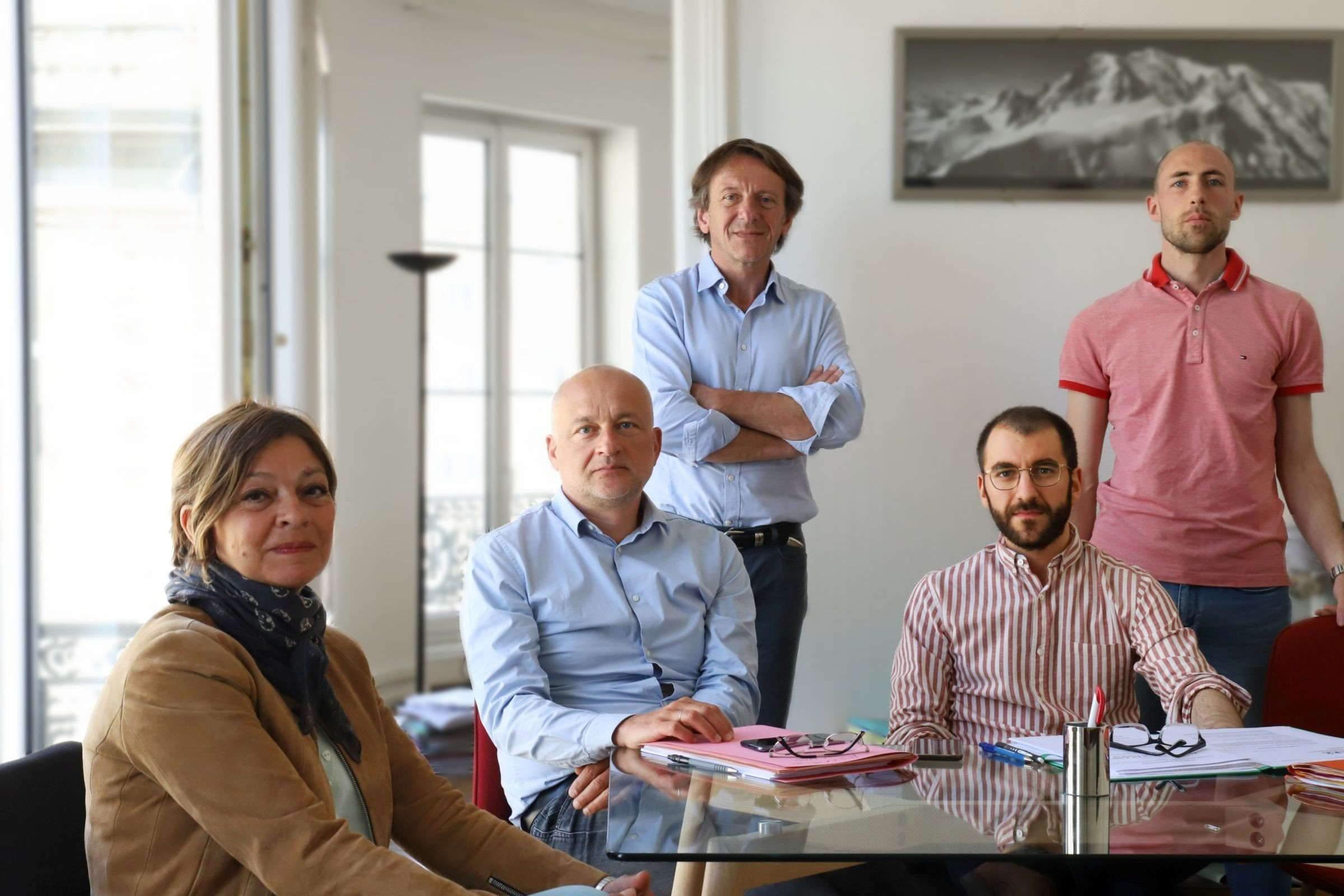 Les membres fondateurs de l'association d'aide aux victimes du Covid-19