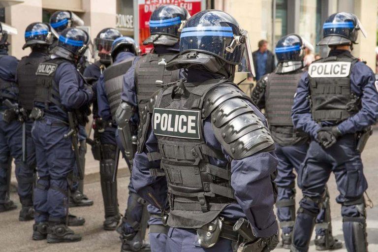 Police, manif