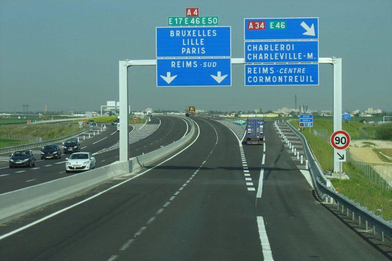 Les autoroutes (wikipédia)