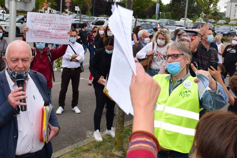 Roger Schreiber répond aux manifestants 2 090920
