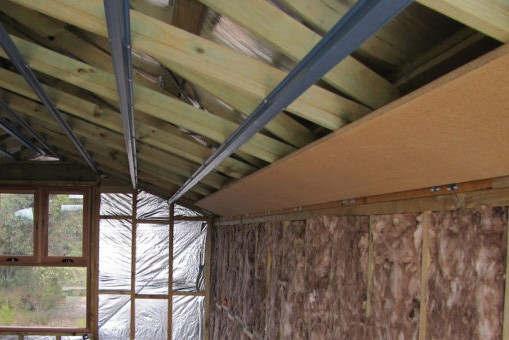 Rénovation énergétique (Copyright 2011 Brett and Sue Coulstock)