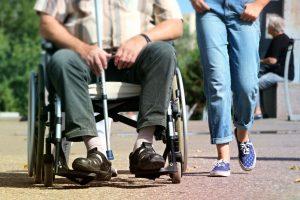 Personne handicapée (PxHere)