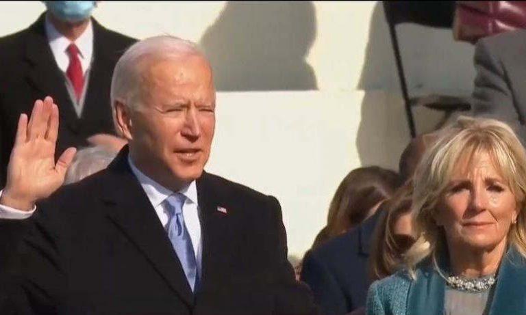Joe Biden prête serment (euronews)
