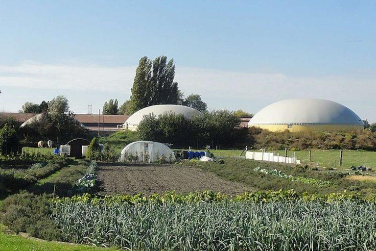 Jérémy-Günther-Heinz Jähnick / Somain - Unité de méthanisation de la ferme Sockeel (01) / Wikimedia Commons