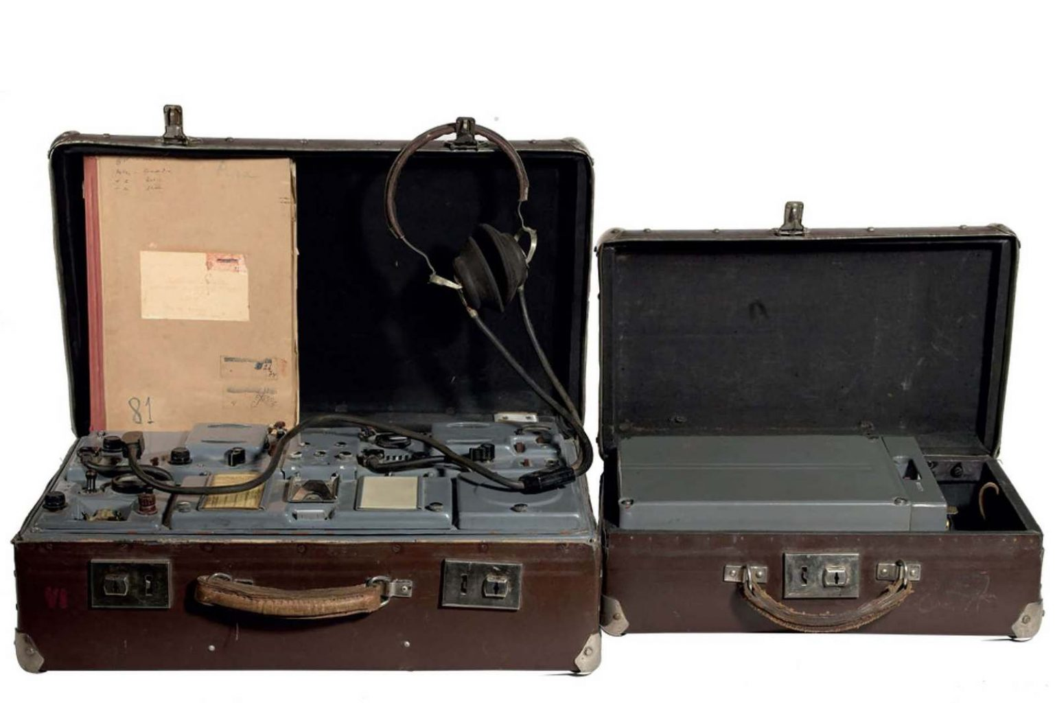 expo-kgb-valise-emeteur-recepteur-p57