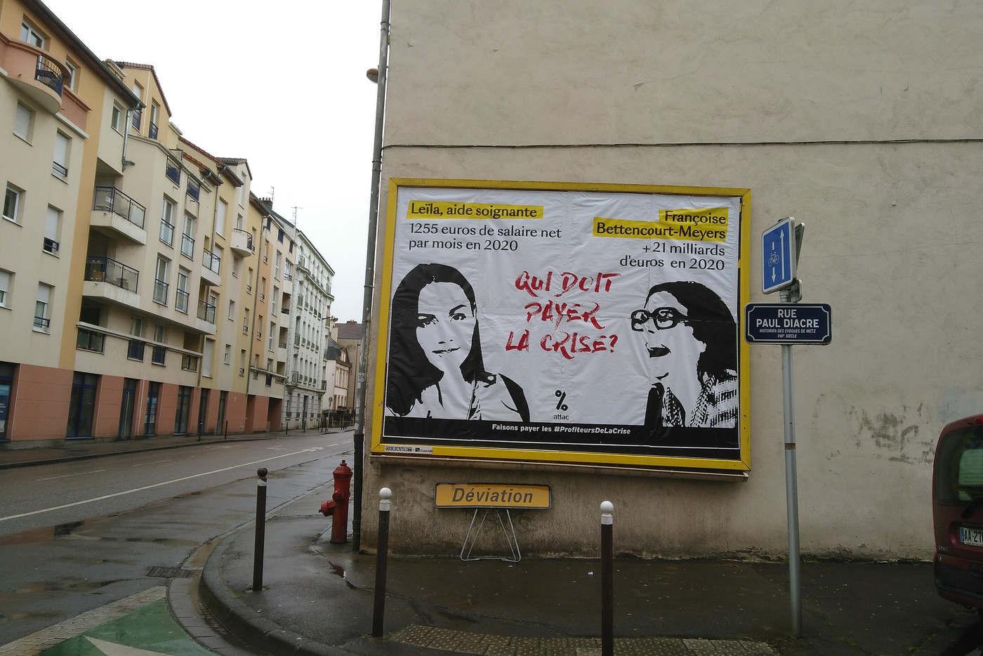"""Affiche Attac Moselle : """"Qui doit payer la crise"""""""