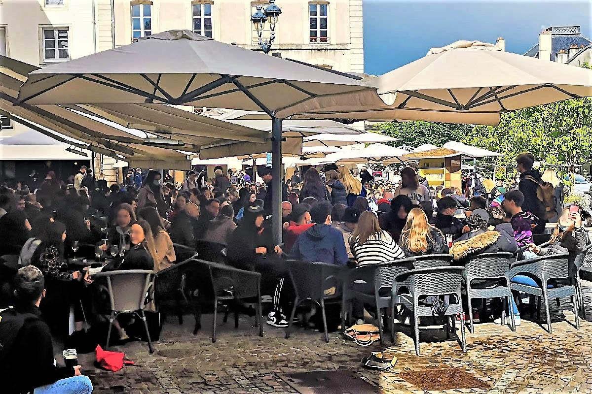 Ouverture des terrasses : ici, place Saint-Epvre à Nancy, le 19 mai (DR)