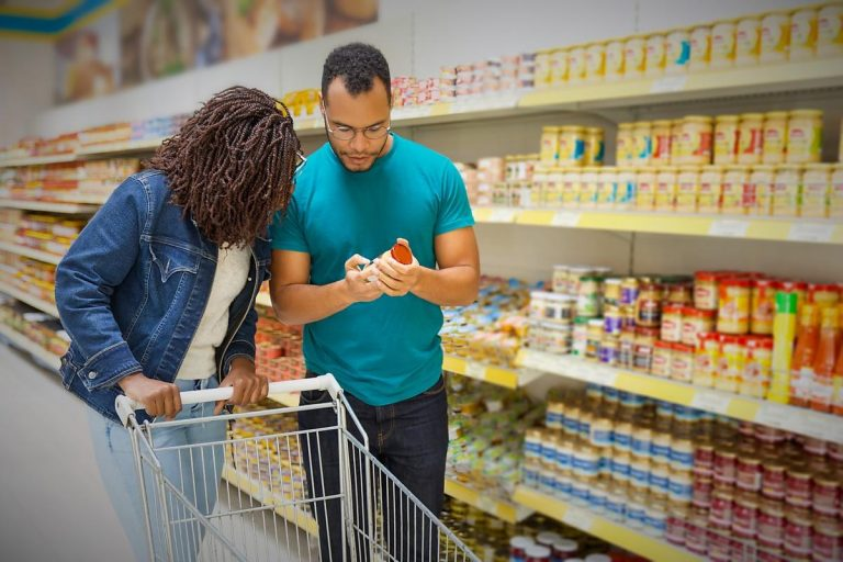 Consommateurs attentifs à la qualité et aux prix de leurs produits alimentaires