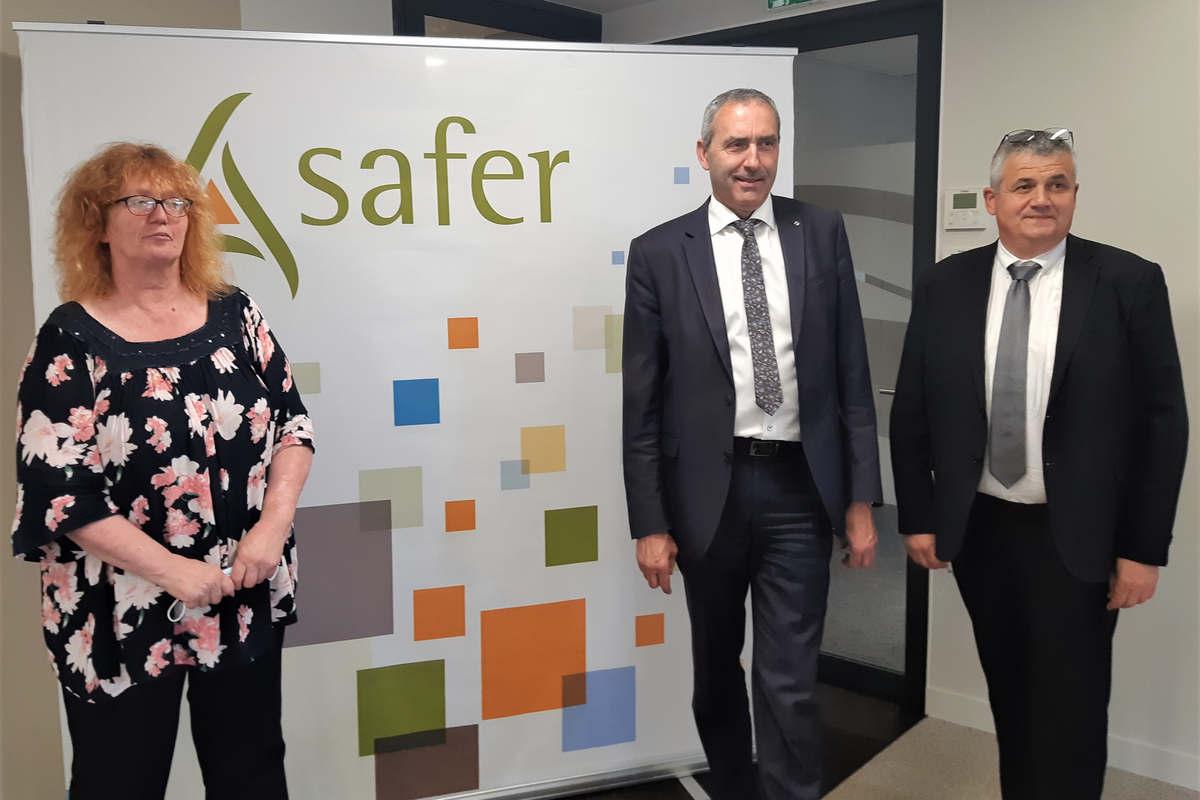 Thierry Bussy, président et Marc Moser et Sophie Lehé, vice-présidents de la Safer Grand Est (DR))