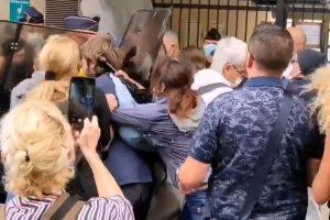 Soignants expulsés à Marseille (capture twitter)