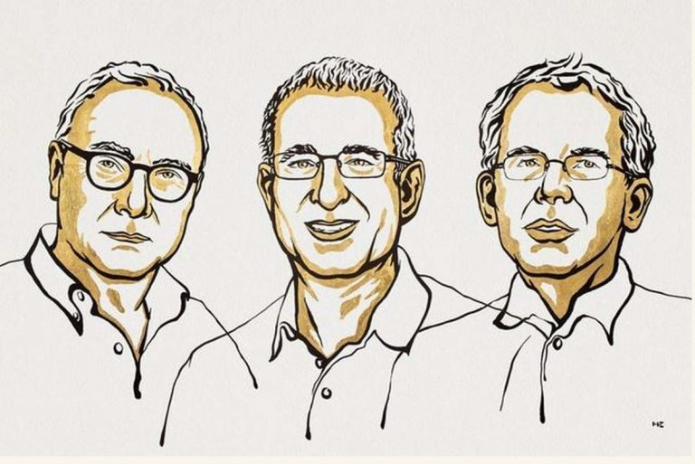 David Card, Joshua D. Angrist, Guido W. Imbens (Niklas Elmehed © Nobel Prize Outreach.)